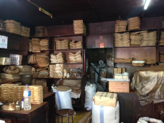 インドネシア・ジャカルタのとあるコーヒー焙煎工房。