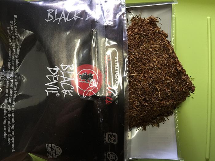タバコ輸入業者がオススメする手巻きタバコレビュー『ブラックデビル・ココナッツミルク(BLACK DEVIL)』